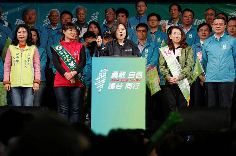 China Looms Over Taiwan's Election, Giving a Boost to the Incumbent